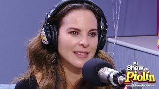 Kate del Castillo se pone sentimental cuando Piolin le da la noticia de Hacienda