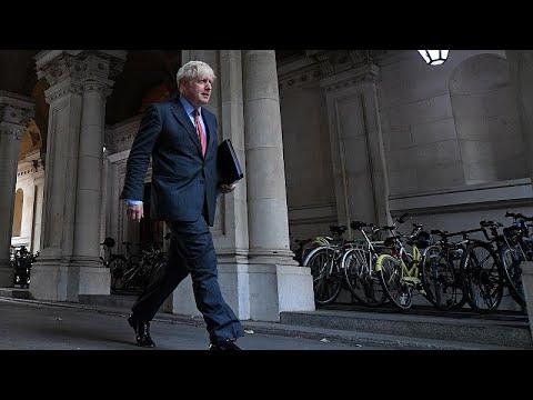 euronews (in English): UK: Boris Johnson says new coronavirus restrictions may last six months