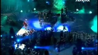 Download Rihanna-Diva.com // Rihanna performing Umbrella at Shakhtar Donetsk 75th Anniversary MP3 song and Music Video