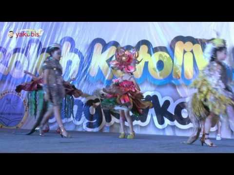 SDK Santa Clara Surabaya. Expo Sekolah Katolik Keuskupan Surabaya. 2016. Fashion Show