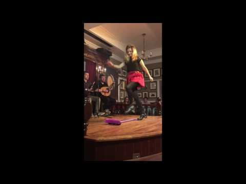 The Irish House Party - The Brush Dance
