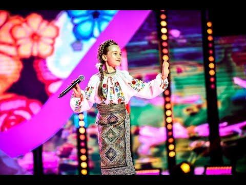 Anastasia Ciobanu Cântă O Piesă Din Repertoriul Folcloric, Pe Scena Next Star
