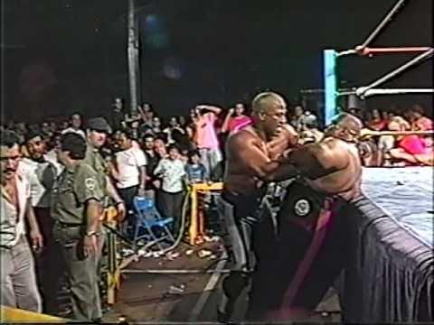 WWC: Abdullah The Butcher vs. Zeus 1990