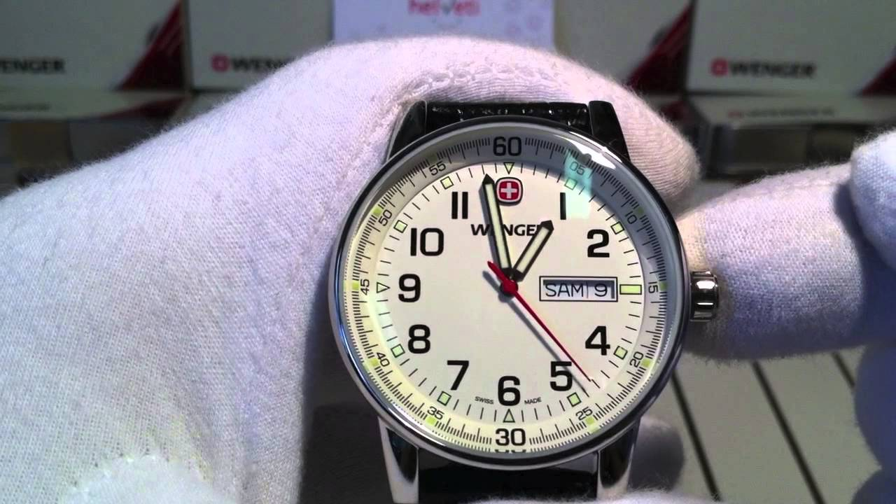 Wenger Commando Day Date 70160.XL - YouTube 9046349e2af