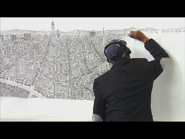 Artist Stephen Wiltshire draws Mexico City from memory
