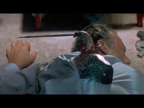 【老电影故事】外星生物寄生在人类后背,尖刺直插大脑,还要袭击总统?