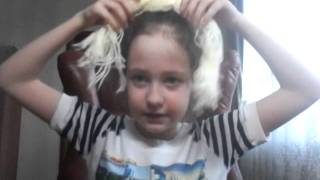 Я показываю как сделать куклу из пряжи ниток(, 2016-04-05T18:02:51.000Z)
