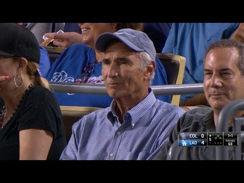 COL@LAD: Scully on first impression of Koufax