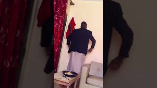 Ozyy new dance (dip doundou Guiss)