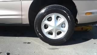 Oldsmobile Aurora 1999