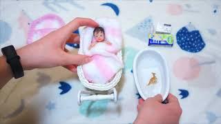 Обложка на видео о Силиконовый мини реборн - ванна и укладываю спать