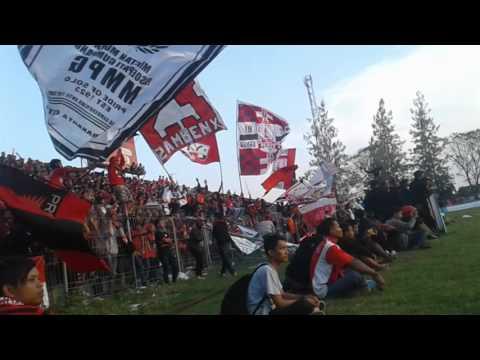 Aksi pasoepati di stadion krida bhakti purwodadi [Persis solo vs Persipur]