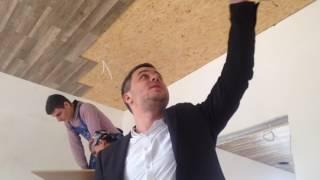 видео Ламинат на потолок