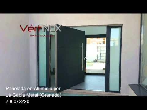 Puerta acorazada eje vertical pivotante en granada youtube - Fotos de puertas de entrada ...
