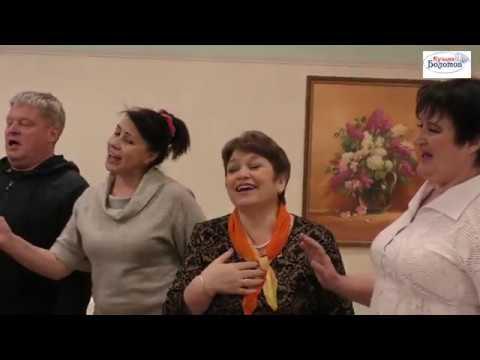 Ах, Балалаечка! Московская сторонушка! Гармонь, гармонь - подруга песни, любимый русский инструмент!