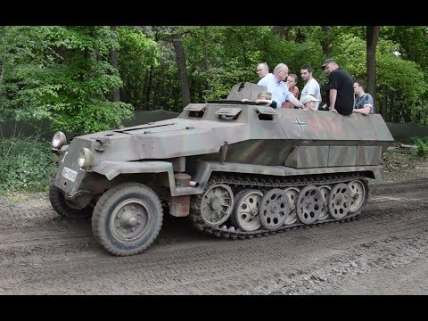SdKfz 250 and SdKfz 251 off-road