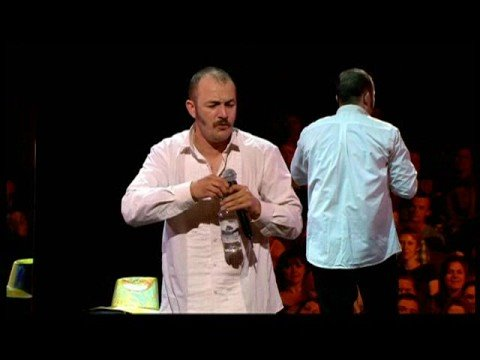 Aussie comedian Brendon Burns vs. heckler