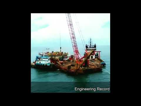 Offshore Crane Barge for Oil & Gas Construction