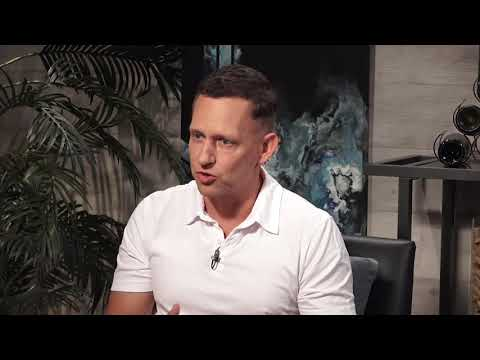 Peter Thiel: world-class entrepreneurs are typically polymaths