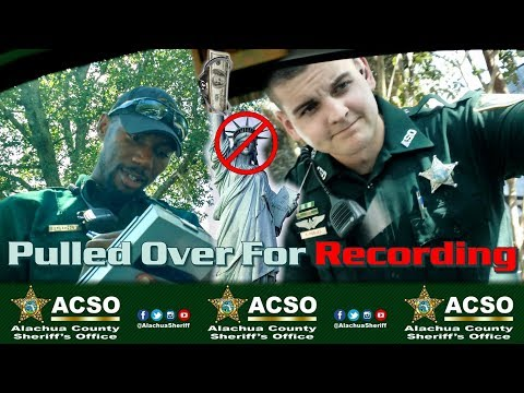 Cops Pull Me Over For Recording Them & I Handle The Situation - IMV Films