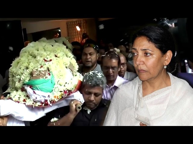 Actress Dipti Naval Shocked At Sudden Demise Of Om Puri| Shares Memories