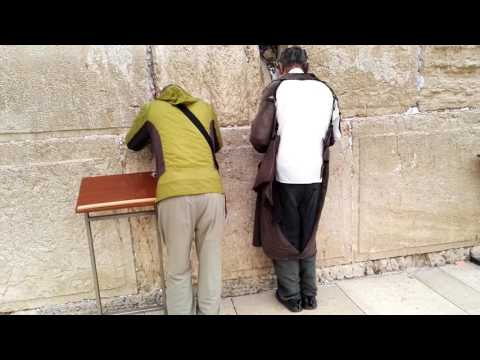 The story of the Wailing Wall Jerusalem begins, this time with a group of IDF soldiers