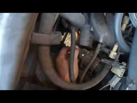 Снятие стартера двигателя с ваз