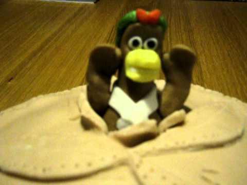 Chicken Run Birthday Cake (Dad Bakes)