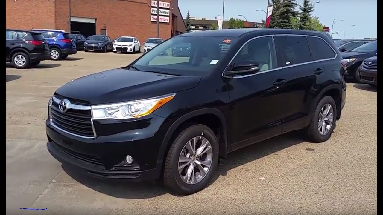 2016 Toyota Highlander Le Awd With Convenience Package In Midnight Black 0218 You
