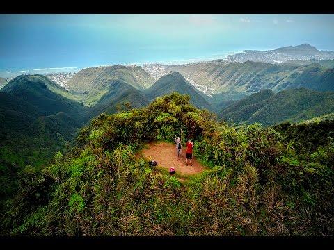 Hawaii Loa Ridge Hike via Niu Valley / Hiking in Oahu Hawaii