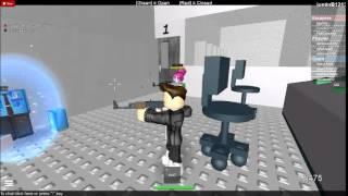 ROBLOX-survive or escape prison