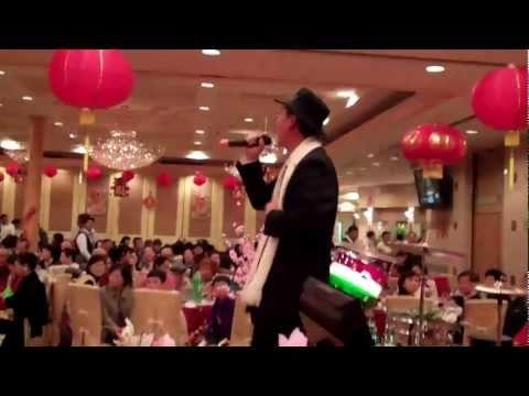 "Karaoke performance ""上海灘"" The Bund"