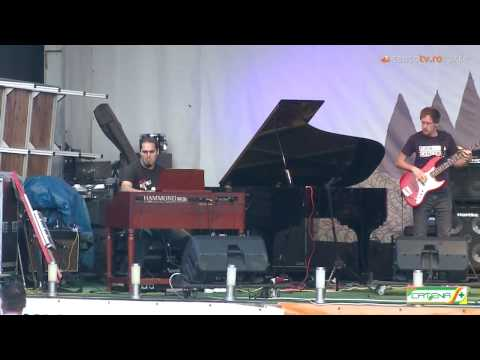 MJF|2014-Internet|Round-Piano-Teodor-Pop-Romania-02 (full)