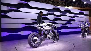 Demonstrating Yamaha Motor Motoroid at Tokyo Motor Show [RAW VIDEO] thumbnail