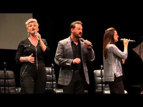 The Martins (Shut De Do / Three Little Birds - a cappella) 06-13-15