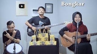 Download lagu Iwan Fals - Bongkar Cover by Ferachocolatos ft. Gilang & Bala