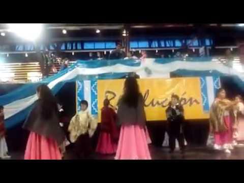 Ambar bailando el palapala