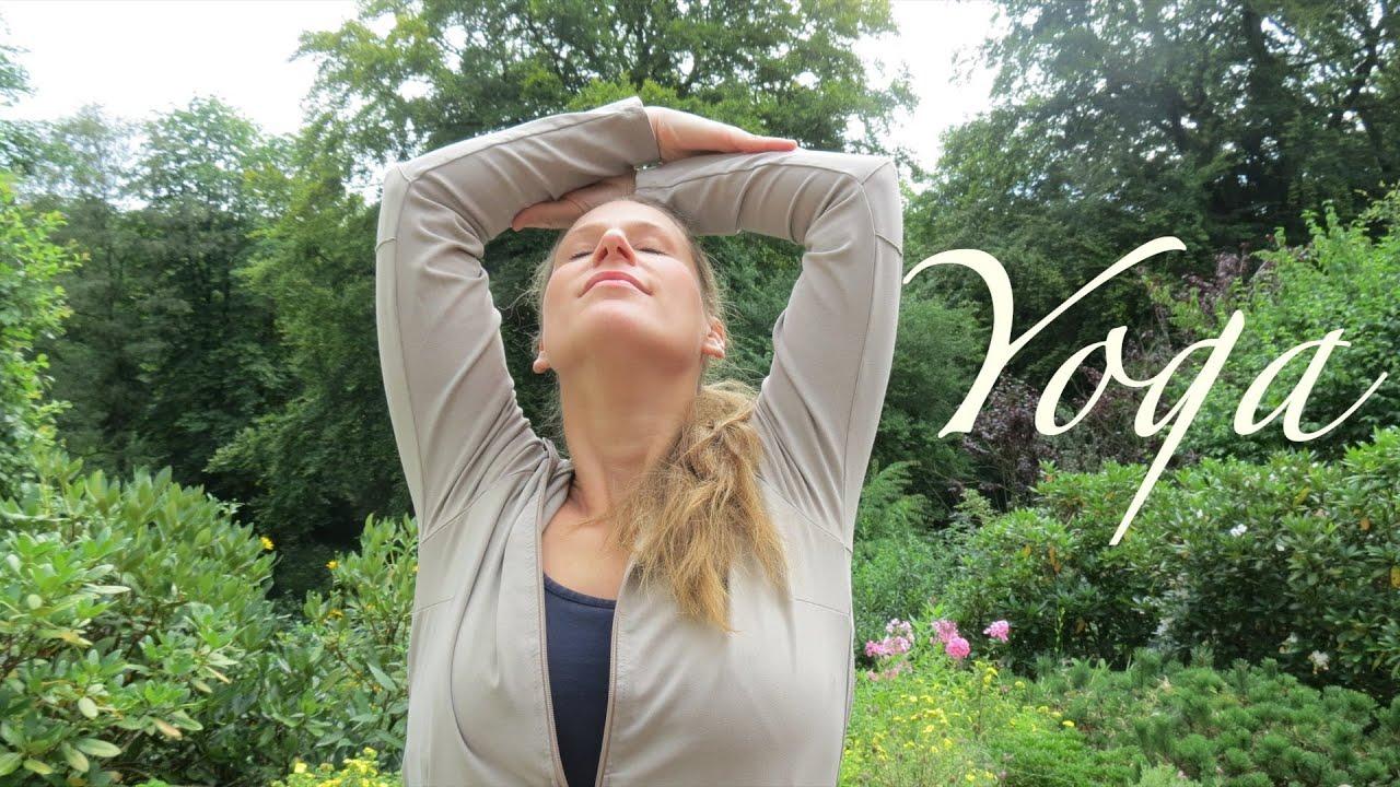 yoga und ladylandrand yoga f r den r cken youtube. Black Bedroom Furniture Sets. Home Design Ideas