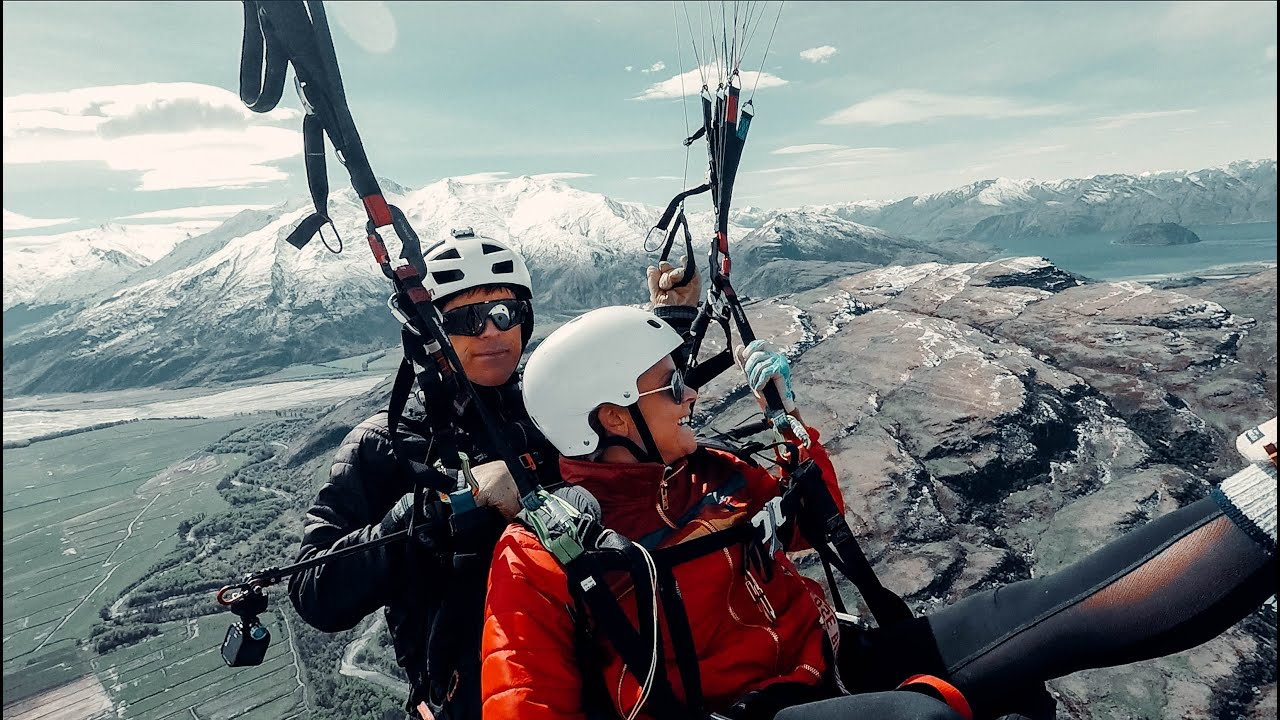 don't EVER tell a pilot you're bored | Paragliding Wanaka | New Zealand