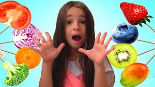 Lana Pretend Play Selling Fruits and Vegetables Ice Cream