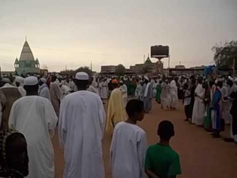 Sudan  Khartoum  Omdurman  Halgt Zikr  Hamed el Nil Mosque  2016 6 Trance & selfie