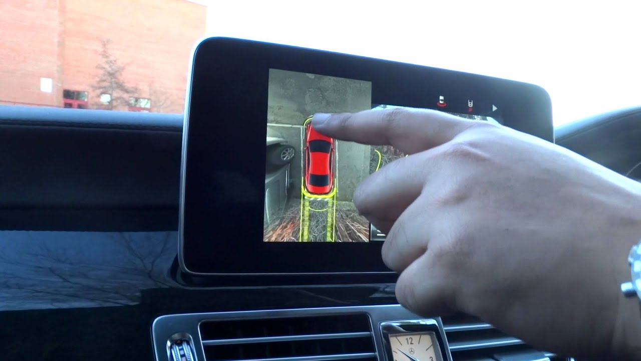 Mercedes 360 Degree Camera Hands On Review - YouTube