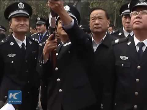 Police destroy 20,000 guns in N China