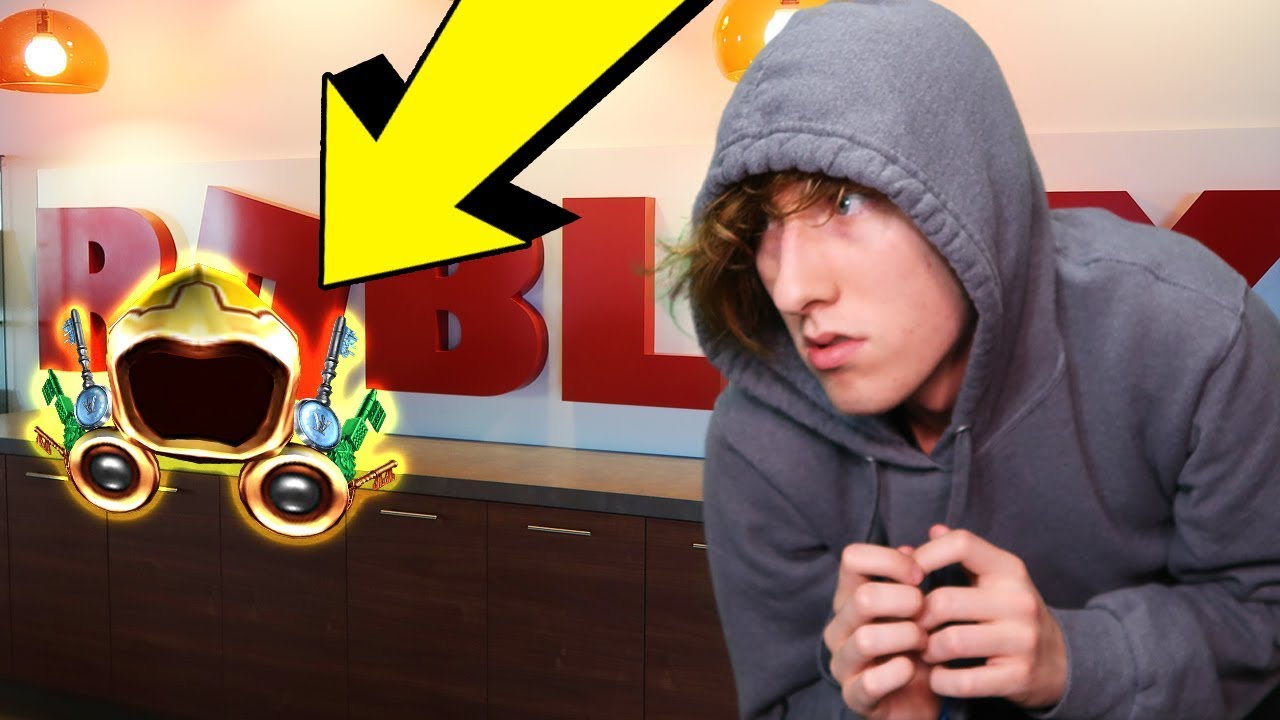 Sneaking Into Roblox Hq And Finding The Golden Dominus Irl Vlog - roblox headquarters