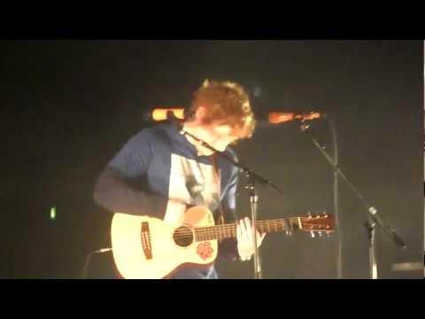 ed-sheeran---you-need-me-+-rizzle-kicks-+-wretch-32-+-devlin---live-at-brixton