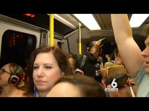 Miami Metromover Becomes Silent Soul Train for the Night | NBC 6 South Florida