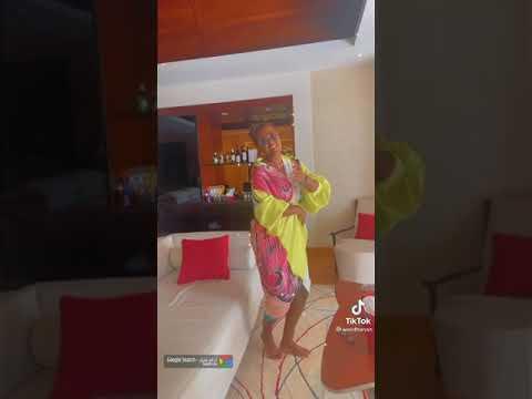رقص الفنانة وعد في المالديف