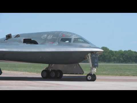 B-2 Spirit arrives at Defenders of Liberty Air Show