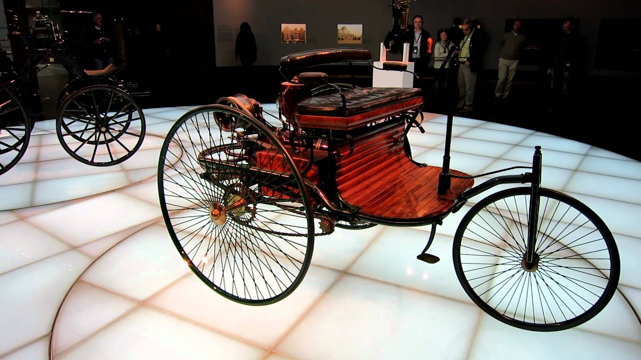 1886 Benz Patent Motor Car at Mercedes-Benz Museum - YouTube