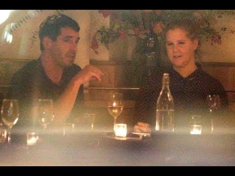amy schumer dating chris fischer